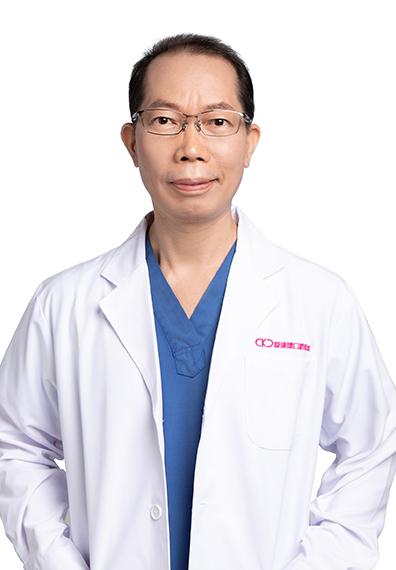 深圳爱康健牙科医生杨福强